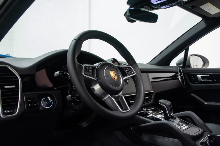 Used 2020 Porsche Cayenne  | Pompano Beach, FL