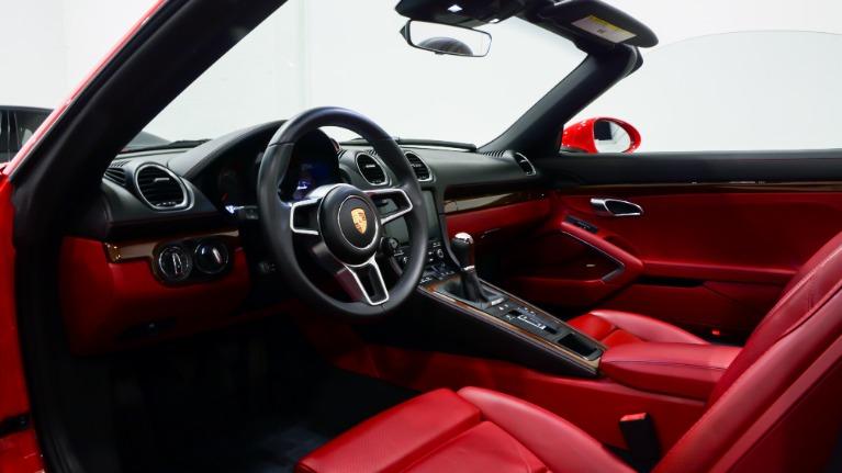 Used 2017 Porsche 718 Boxster  | Pompano Beach, FL